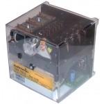 Caja de control, circuito impreso y fusible